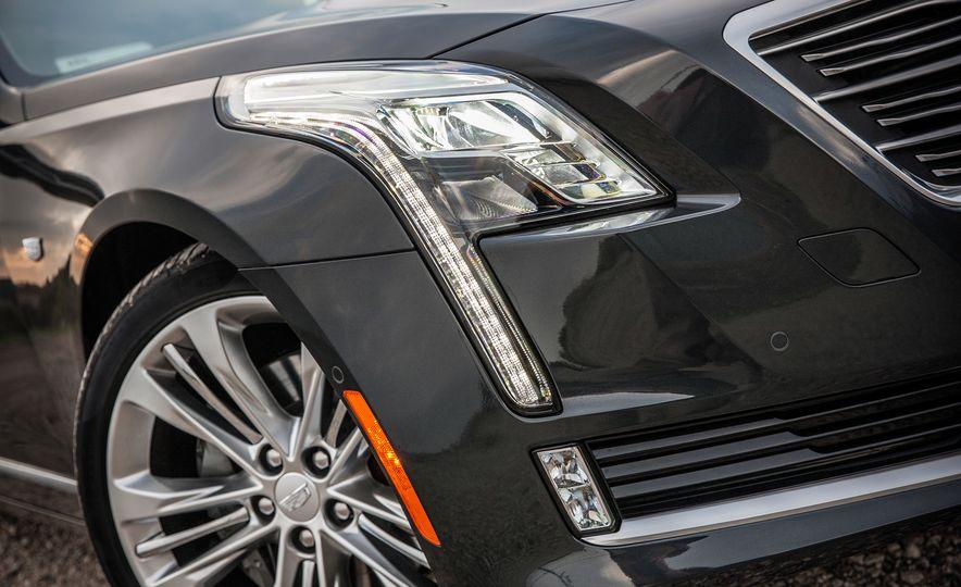 2016 Cadillac CT6 Platinum AWD - Slide 11
