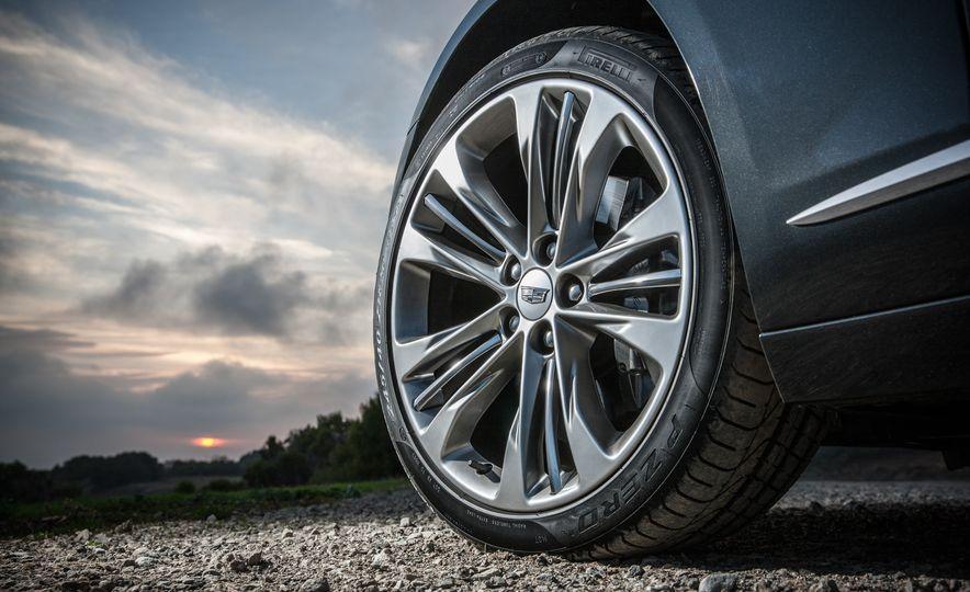 2016 Cadillac CT6 Platinum AWD - Slide 13