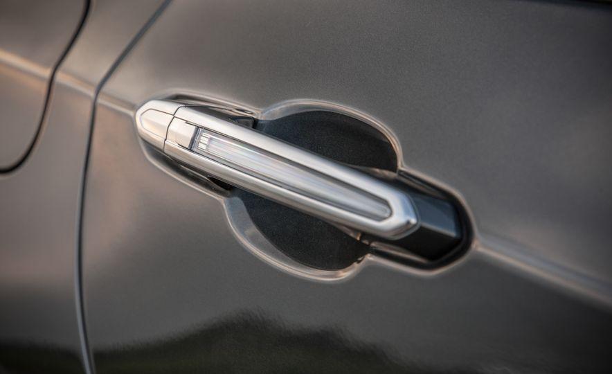 2016 Cadillac CT6 Platinum AWD - Slide 14