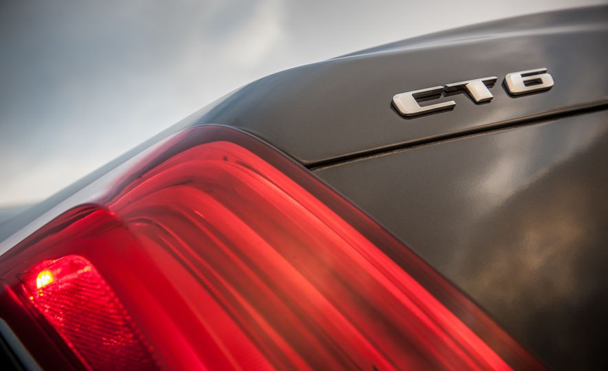 2016 Cadillac CT6 Platinum AWD - Slide 15