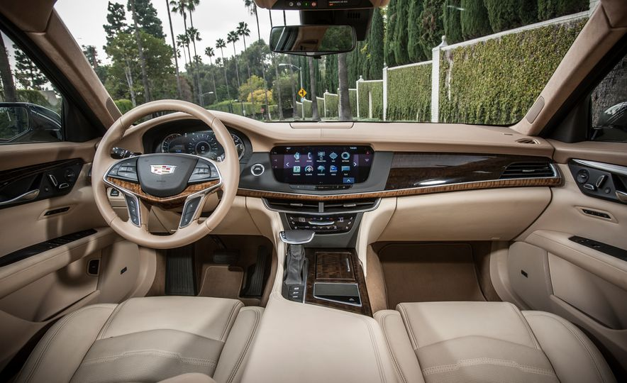 2016 Cadillac CT6 Platinum AWD - Slide 19