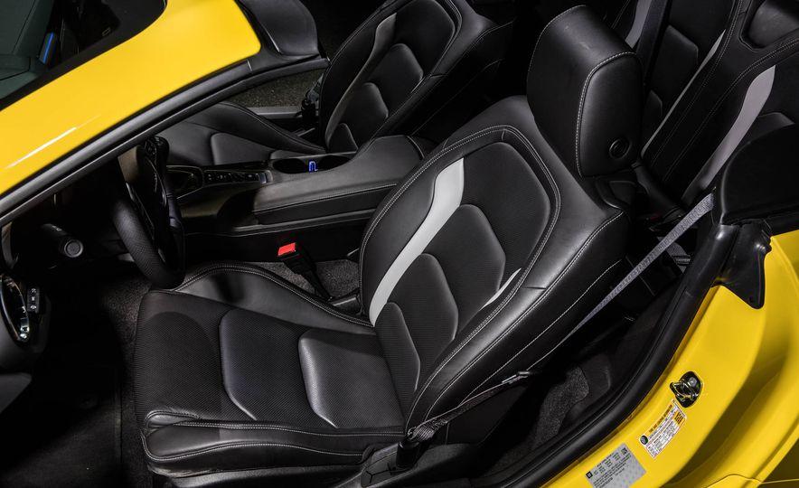 2016 Chevrolet Camaro SS convertible - Slide 30
