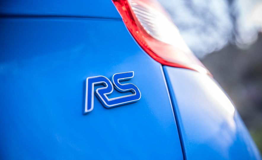 2016 Ford Focus RS - Slide 27