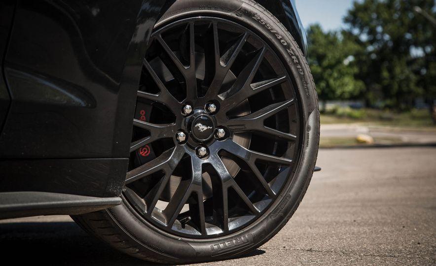 2016 Ford Mustang GT - Slide 61