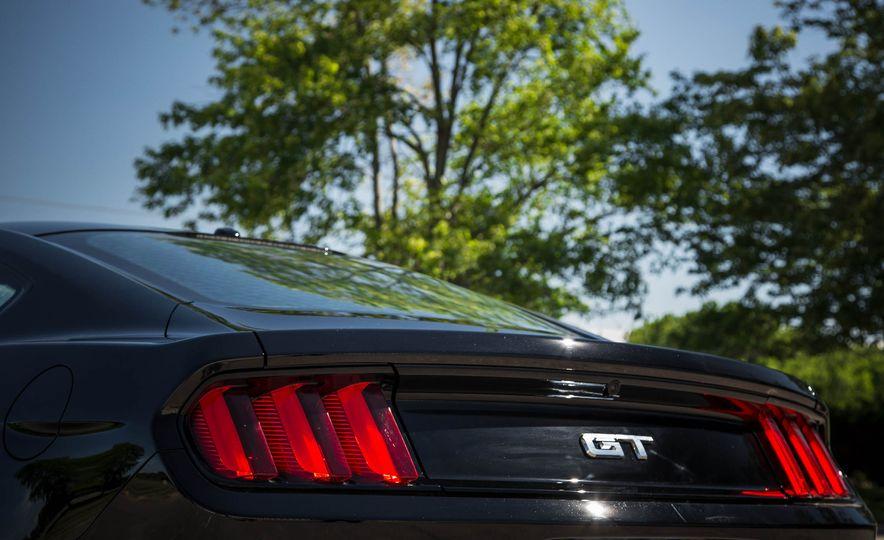 2016 Ford Mustang GT - Slide 62