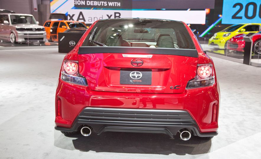 2016 Scion tC Release Series 10.0 - Slide 4