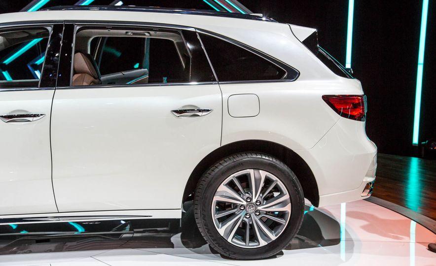 2017 Acura MDX - Slide 8