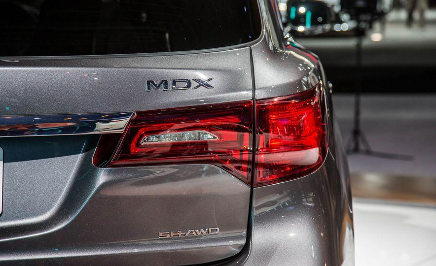 2017 Acura MDX - Slide 12
