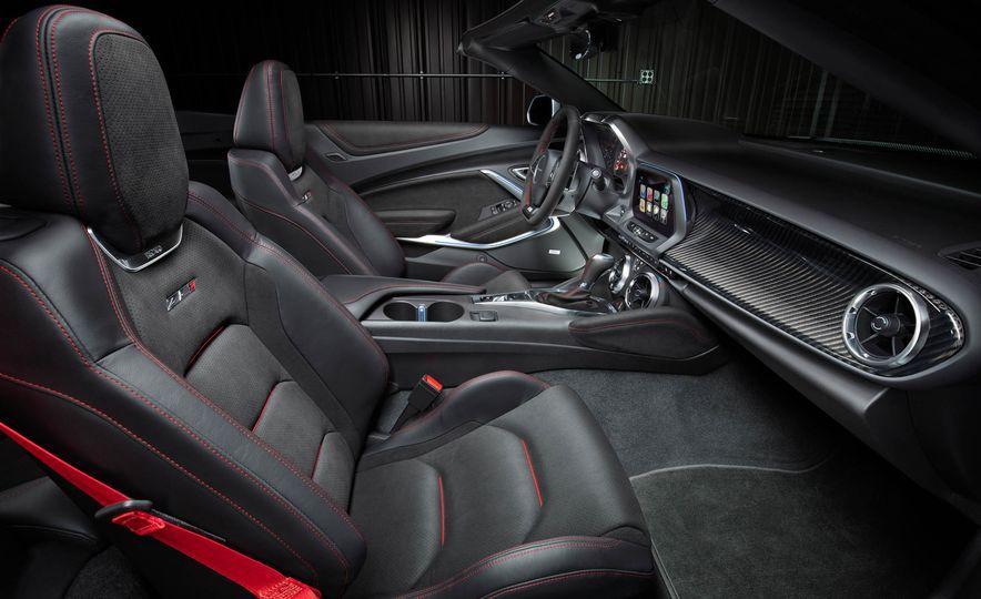 2017 Chevrolet Camaro ZL1 convertible - Slide 4