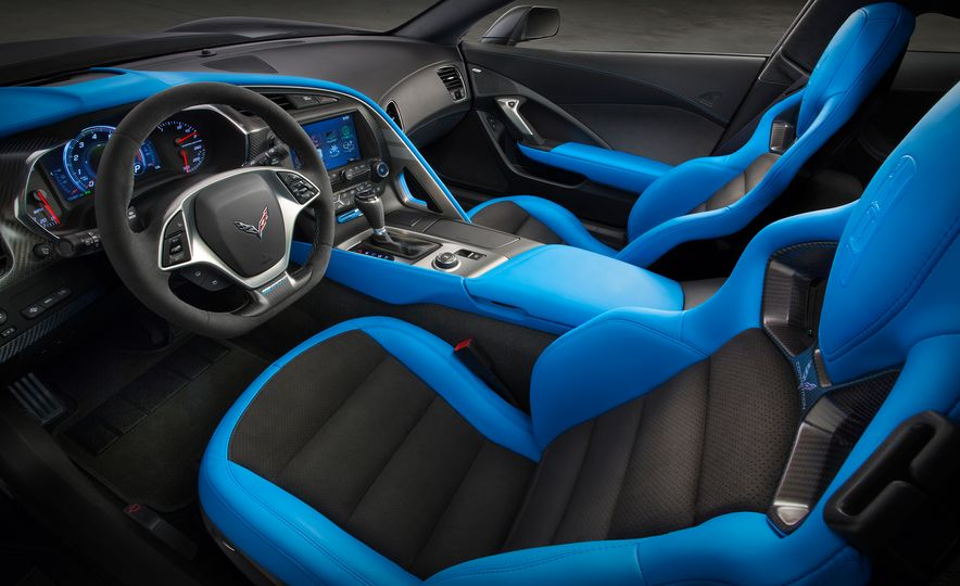 2017 Chevrolet Corvette Grand Sport - Slide 20