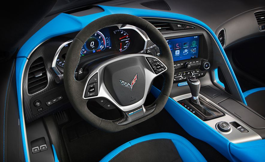 2017 Chevrolet Corvette Grand Sport - Slide 21