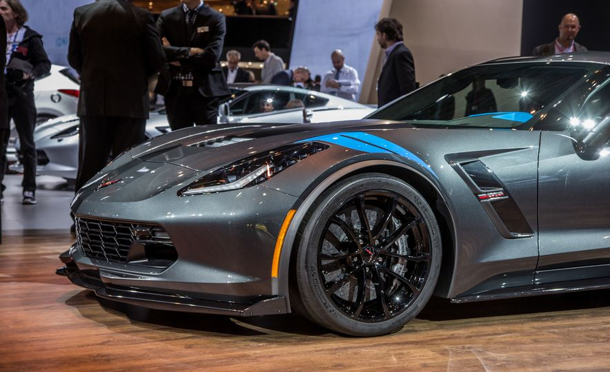 2017 Chevrolet Corvette Grand Sport - Slide 8
