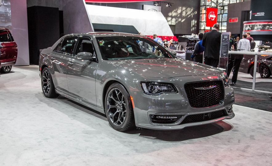 2017 Chrysler 300S with Sport Appearance package - Slide 1