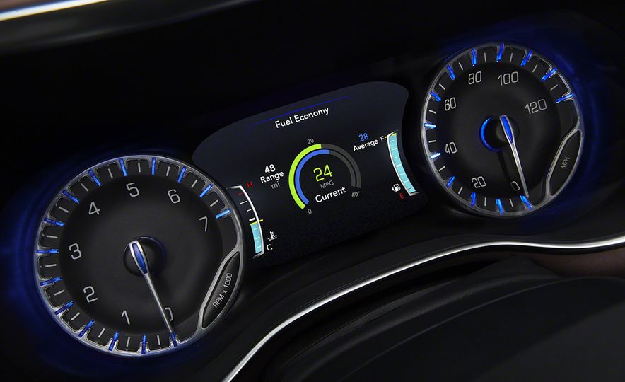 2017 Chrysler Pacifica and Pacifica plug-in hybrid - Slide 55
