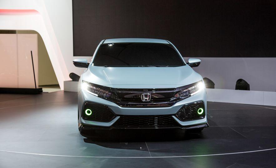 2017 Honda Civic Hatchback Prototype - Slide 3