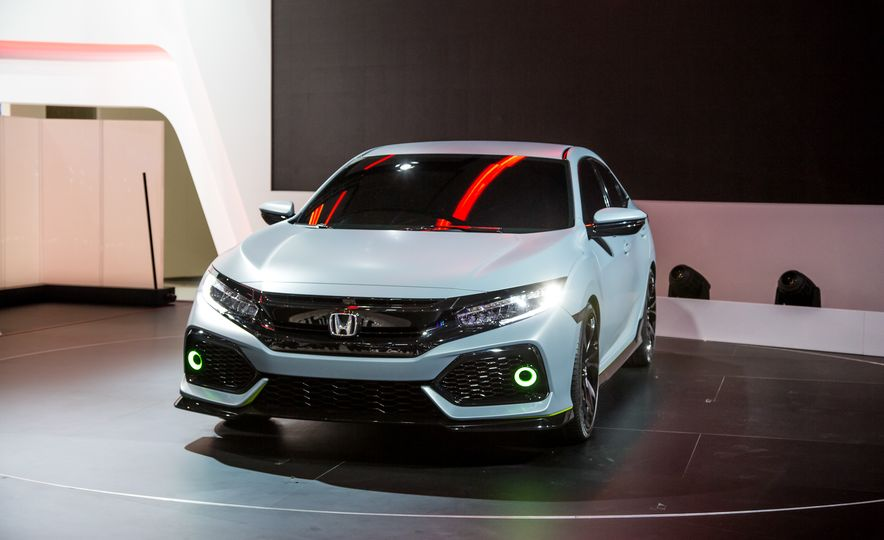 2017 Honda Civic Hatchback Prototype - Slide 5
