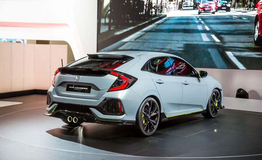 2017 Honda Civic Hatchback Prototype - Slide 14