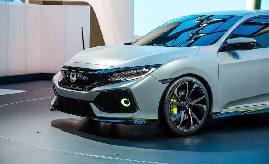 2017 Honda Civic Hatchback Prototype - Slide 17