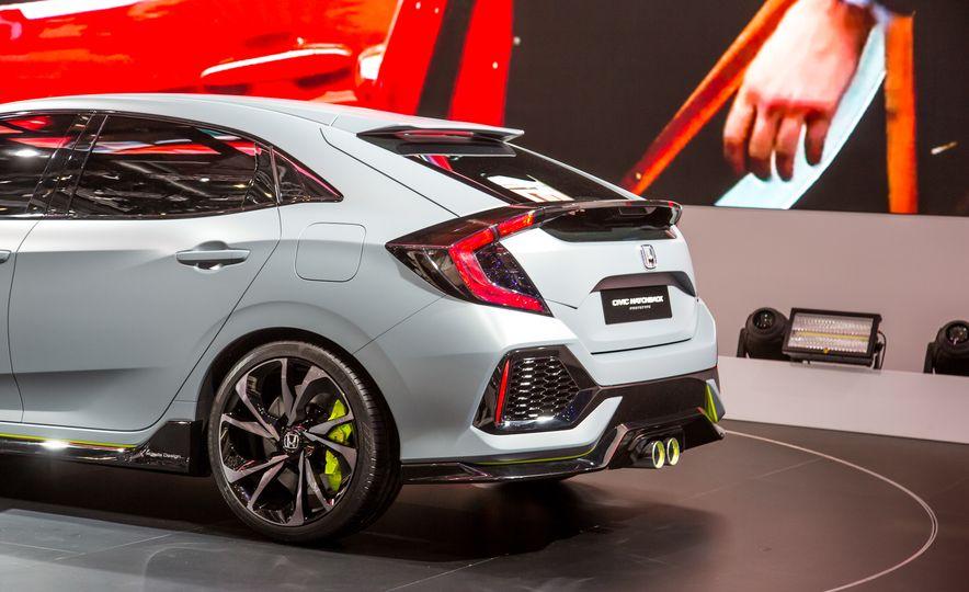 2017 Honda Civic Hatchback Prototype - Slide 18