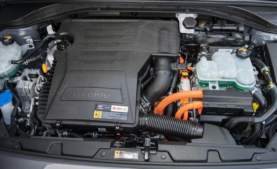 2017 Hyundai Ioniq plug-in hybrid - Slide 60