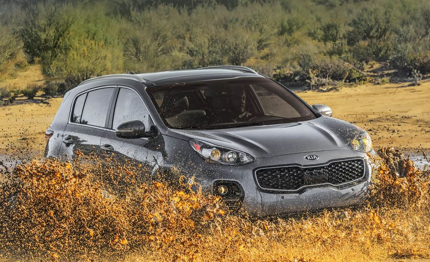 2017 Kia Sportage SX Turbo - Slide 19