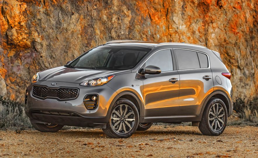 2017 Kia Sportage SX Turbo - Slide 22