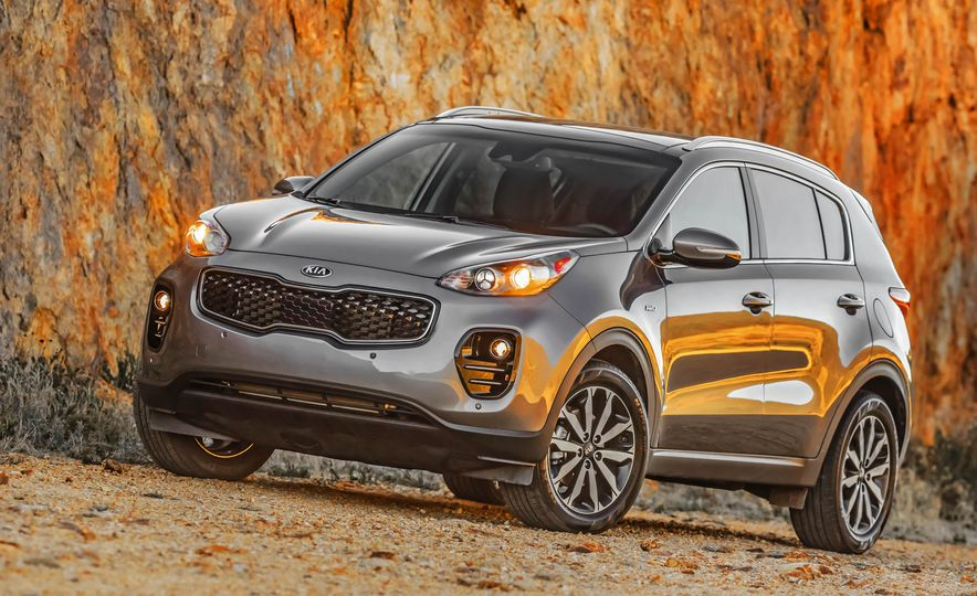 2017 Kia Sportage SX Turbo - Slide 23