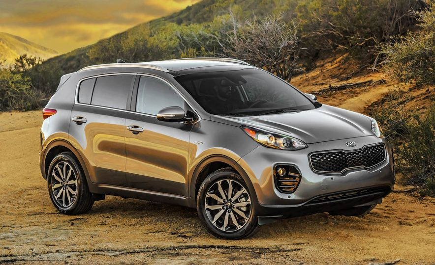 2017 Kia Sportage SX Turbo - Slide 24