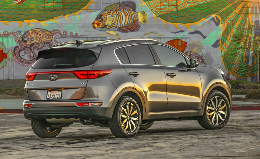 2017 Kia Sportage SX Turbo - Slide 27