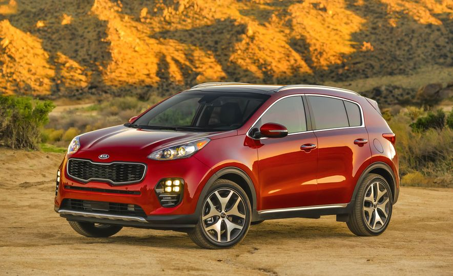 2017 Kia Sportage SX Turbo - Slide 5