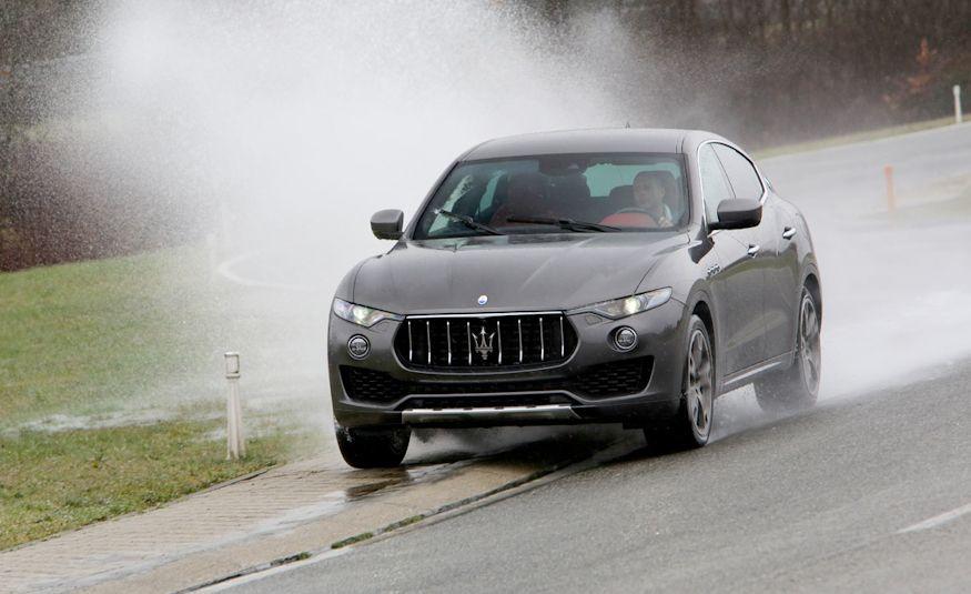 2017 Maserati Levante - Slide 4