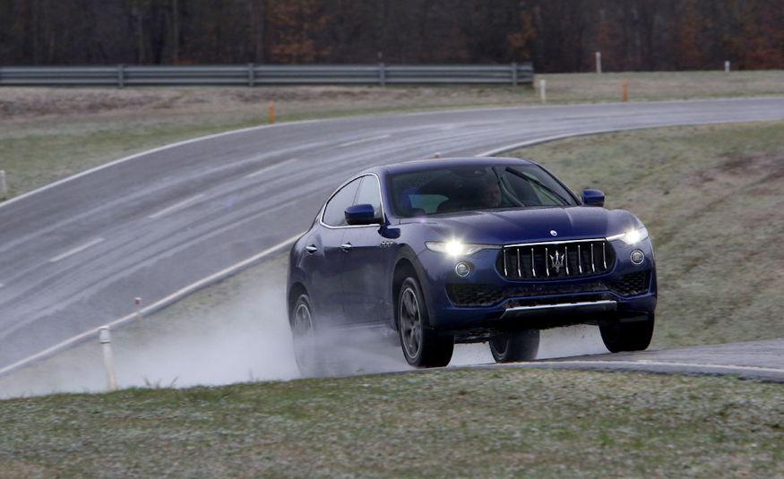 2017 Maserati Levante - Slide 27