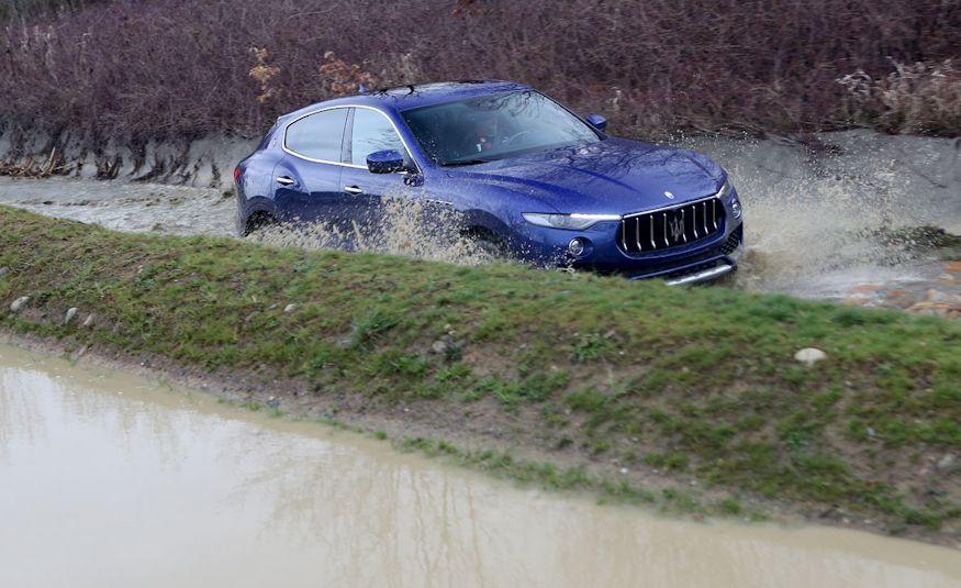 2017 Maserati Levante - Slide 32