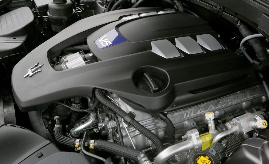 2017 Maserati Levante - Slide 49
