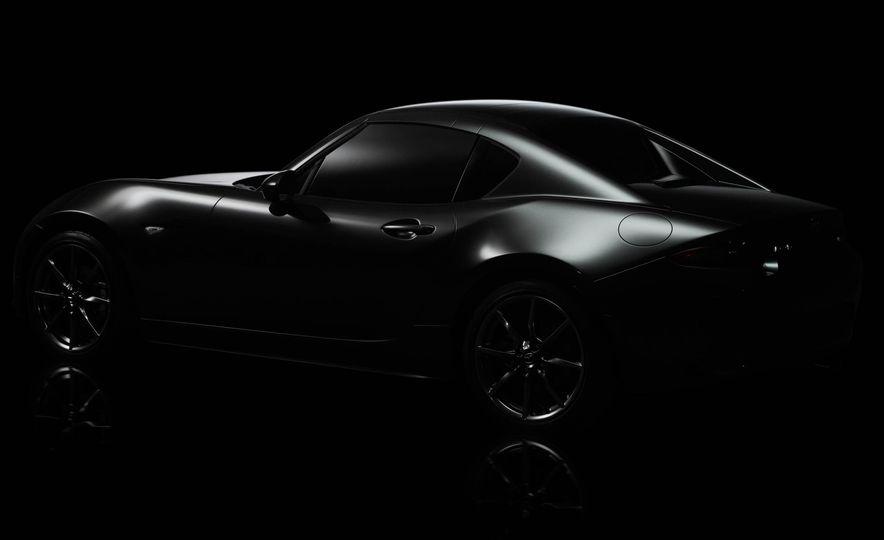 2017 Mazda MX-5 Miata RF - Slide 17