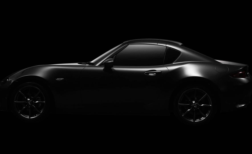 2017 Mazda MX-5 Miata RF - Slide 18