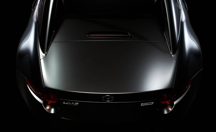 2017 Mazda MX-5 Miata RF - Slide 20