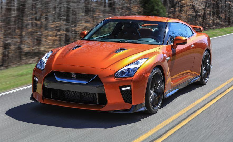 2017 Nissan GT-R - Slide 25
