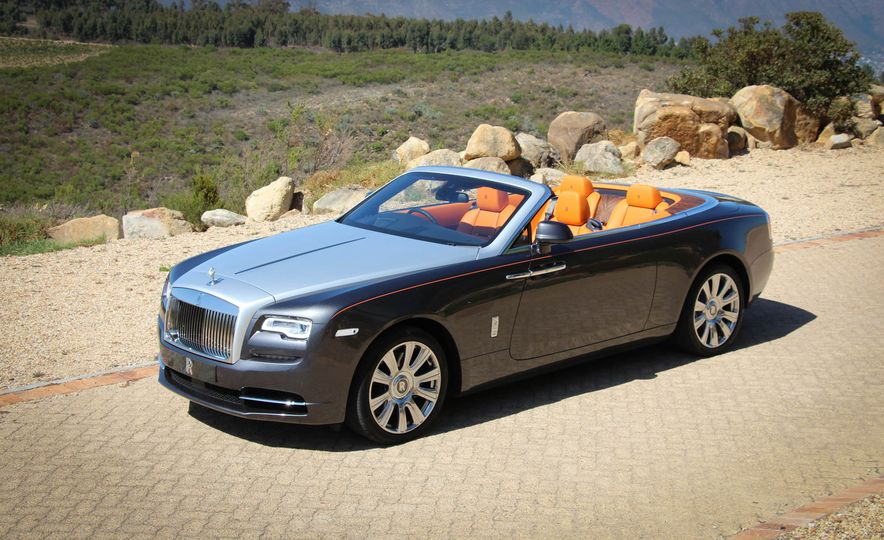 2016 Rolls-Royce Dawn - Slide 24