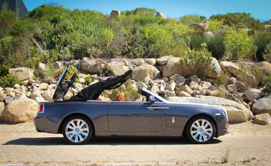 2016 Rolls-Royce Dawn - Slide 33