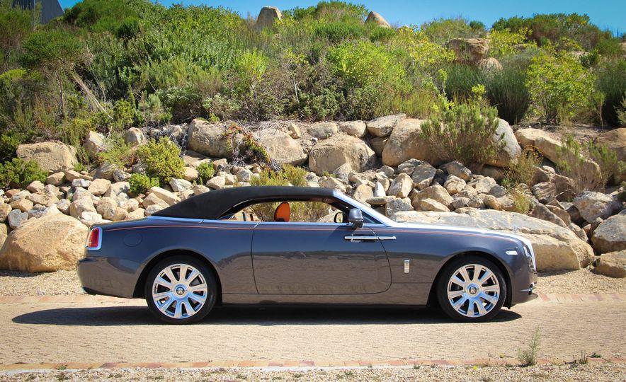 2016 Rolls-Royce Dawn - Slide 34