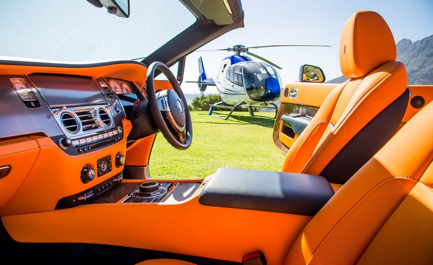 2016 Rolls-Royce Dawn - Slide 45