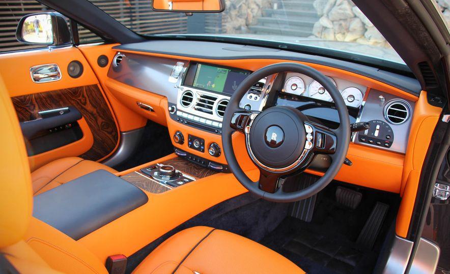 2016 Rolls-Royce Dawn - Slide 48
