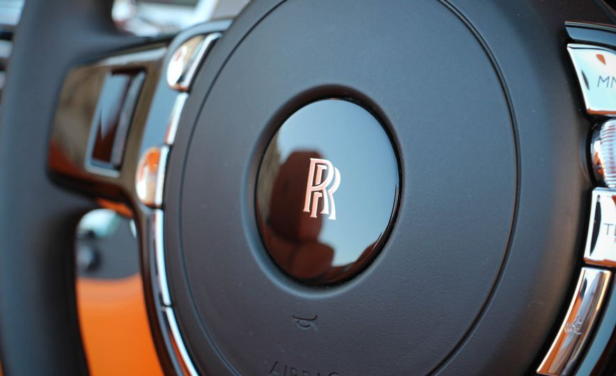 2016 Rolls-Royce Dawn - Slide 52