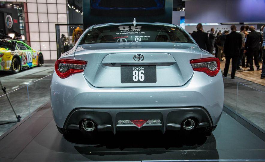 2017 Toyota 86 - Slide 6