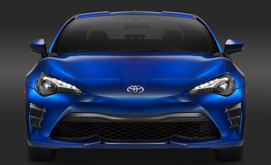 2017 Toyota 86 - Slide 23