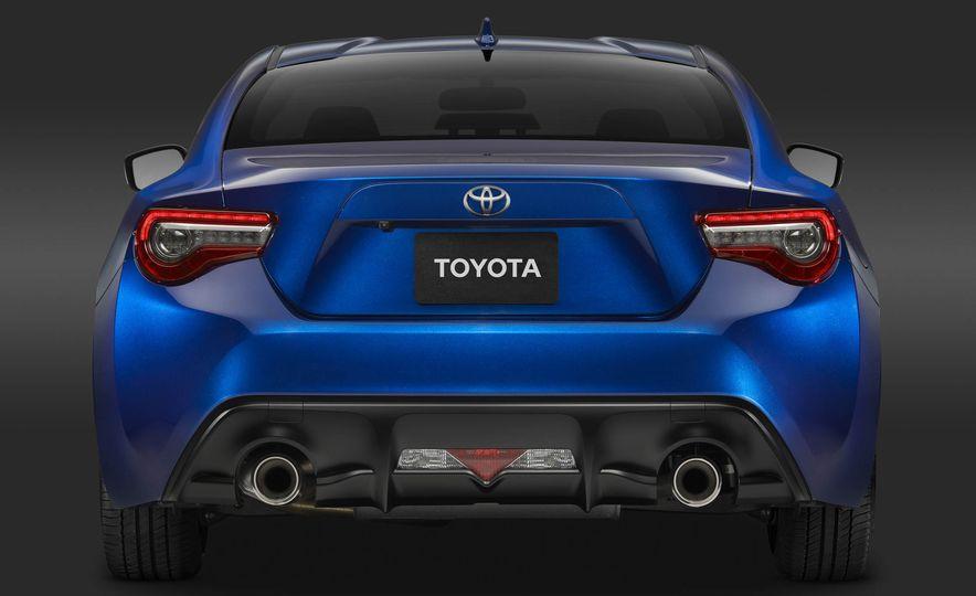 2017 Toyota 86 - Slide 24