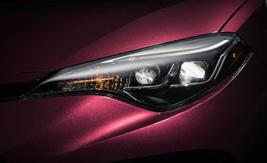 2017 Toyota Corolla 50th Anniversary Edition - Slide 5