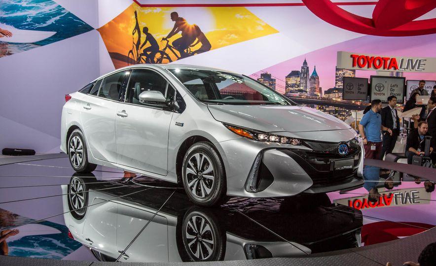 2017 Toyota Prius Prime plug-in - Slide 1
