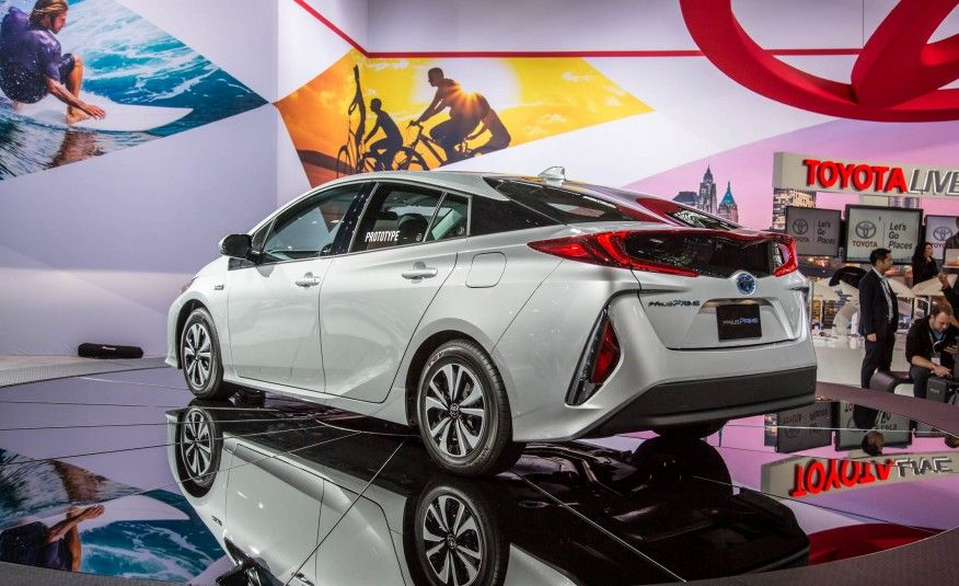The 10 Must-See Debuts from the 2016 New York Auto Show - Slide 21